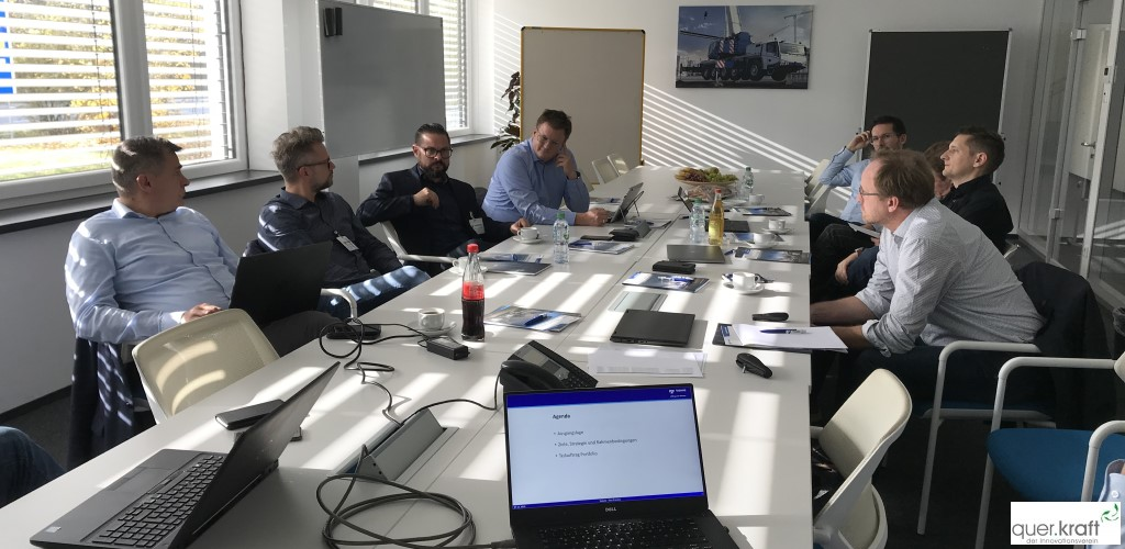 Diskussionsrunde der Teilnehmer an der 42. Best Practice